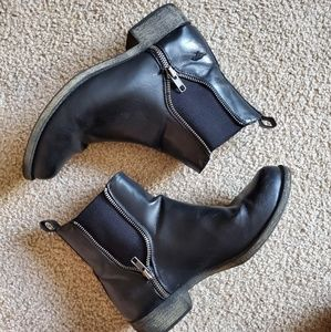 Rocket Dog Chelsea Style ankle boots